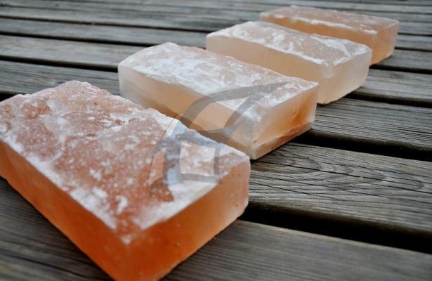Himalájská sůl do sauny - štípaná